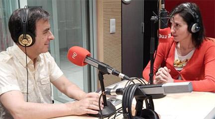 Entrevista con Eva Sandoval en Música viva. Cortesía Radio Clásica.